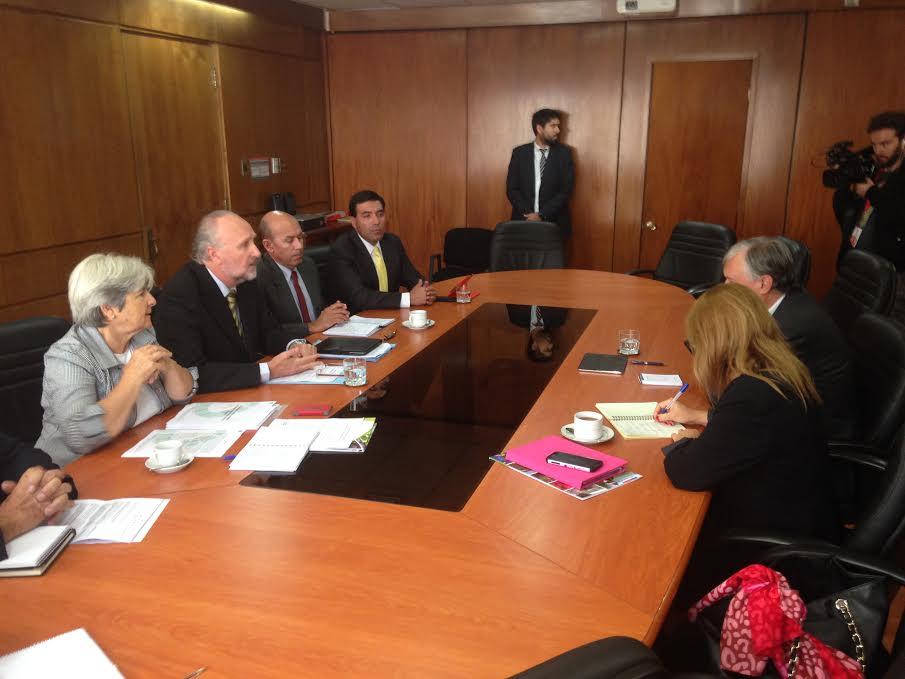 Prokurica junto a dirigentes agrícolas de Atacama, solicitaron a Ministro de Agricultura rapidez y eficacia en la toma de medidas para levantar al sector