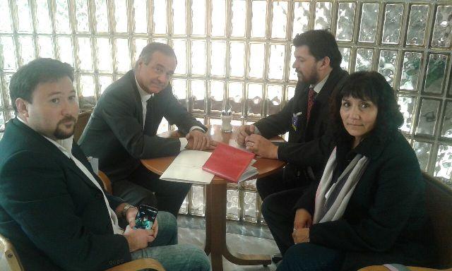 Funcionarios DAEM de Atacama se reúnen con diputados y senadores en Congreso