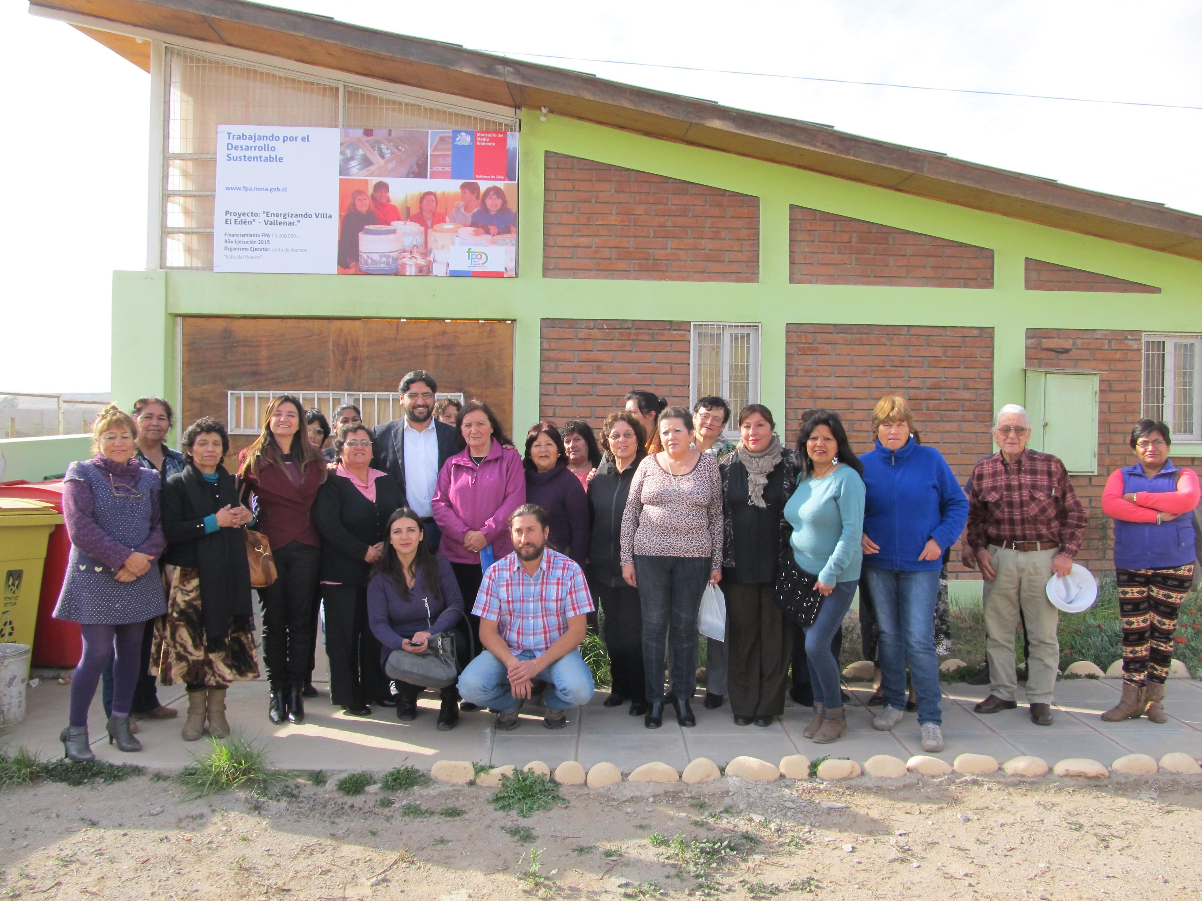Inauguran proyecto FPA de energía solar  en Villa El Edén en Vallenar