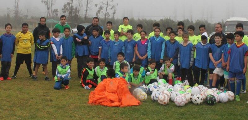 """Siguen adelante las actividades de escuela de fútbol """"Valle Alto""""  en Vallenar"""