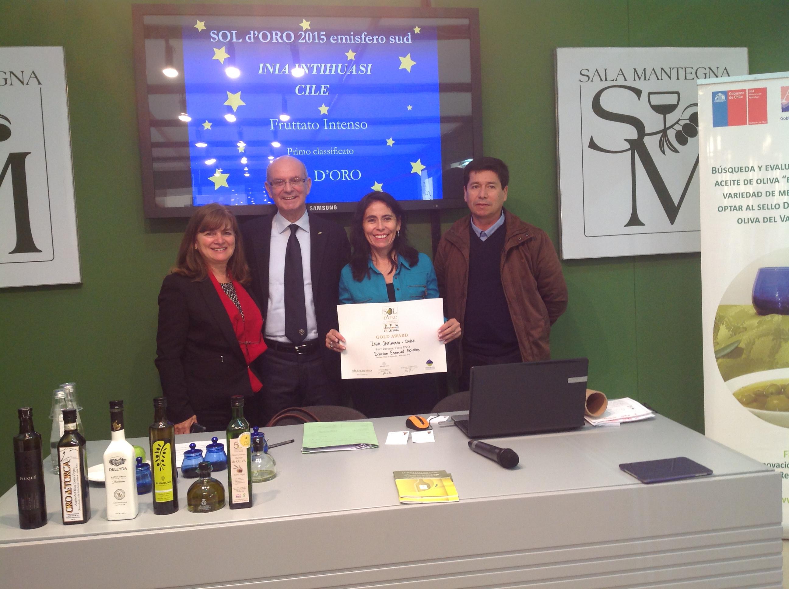 Destacan calidad de aceites de oliva elaborados por INIA en feria internacional