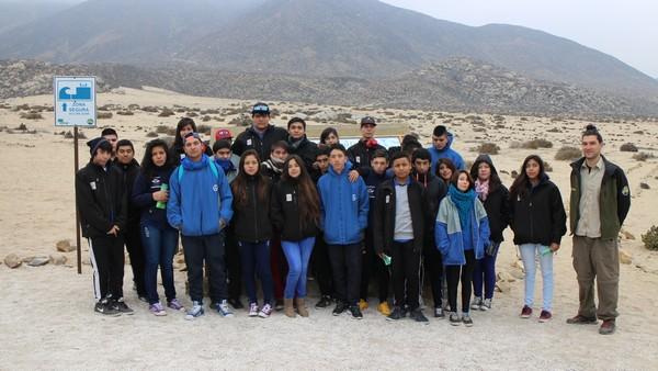 Alumnos de Alto del Carmen visitan planta pellets de CAP y Parque Llanos de Challe
