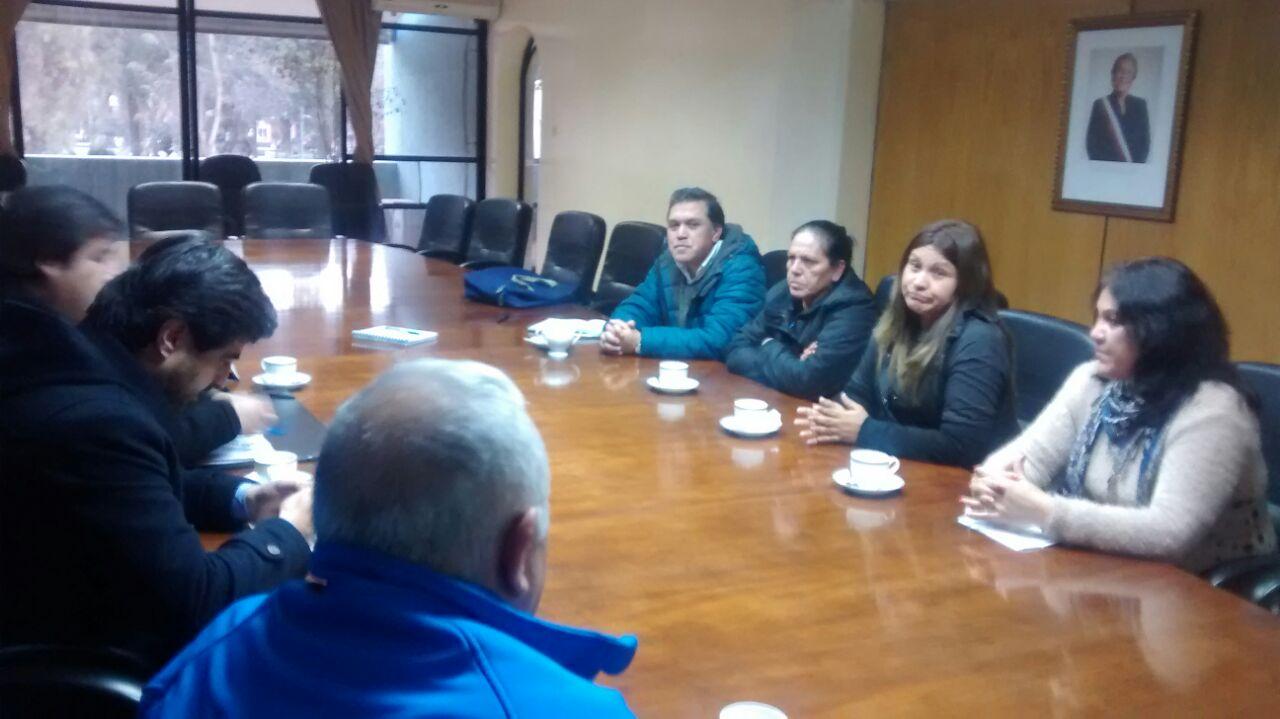 Agrupación Freirina Esperanza se reúne con autoridades de Atacama