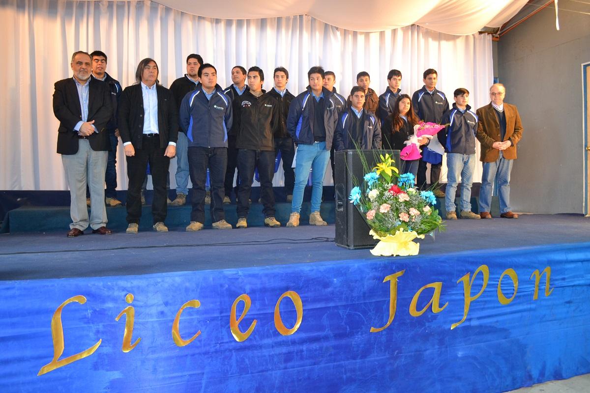 Jóvenes del Liceo Japón se integran a Guacolda gracias a exitoso convenio educacional