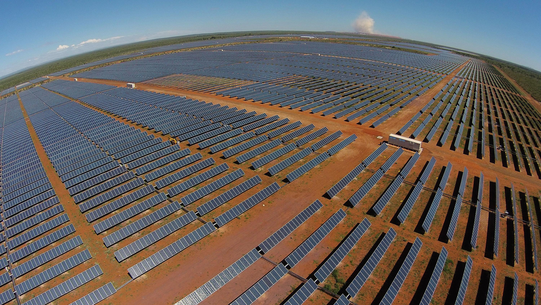 Cuentas de luz de Vallenar bajarán por planta fotovoltaica