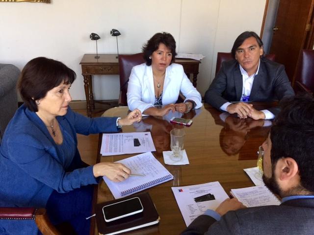 En reunión con Ministra de Salud, Provoste y Loyola analizan reconstrucción del Hospital de Huasco