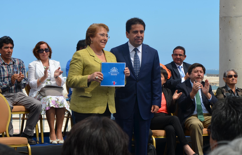 US$508 millones para construcción de caminos y viviendas en Atacama