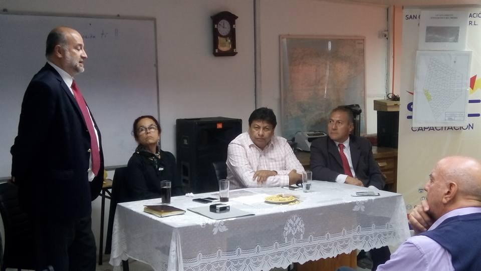 Aspymevall firma convenio con instituto Iplacex para impartir carreras técnicas en Vallenar