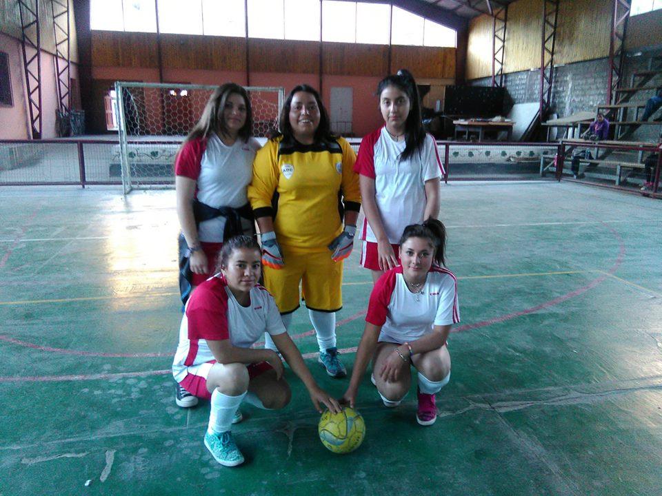 Fútbol femenino del bueno en Alto del Carmen