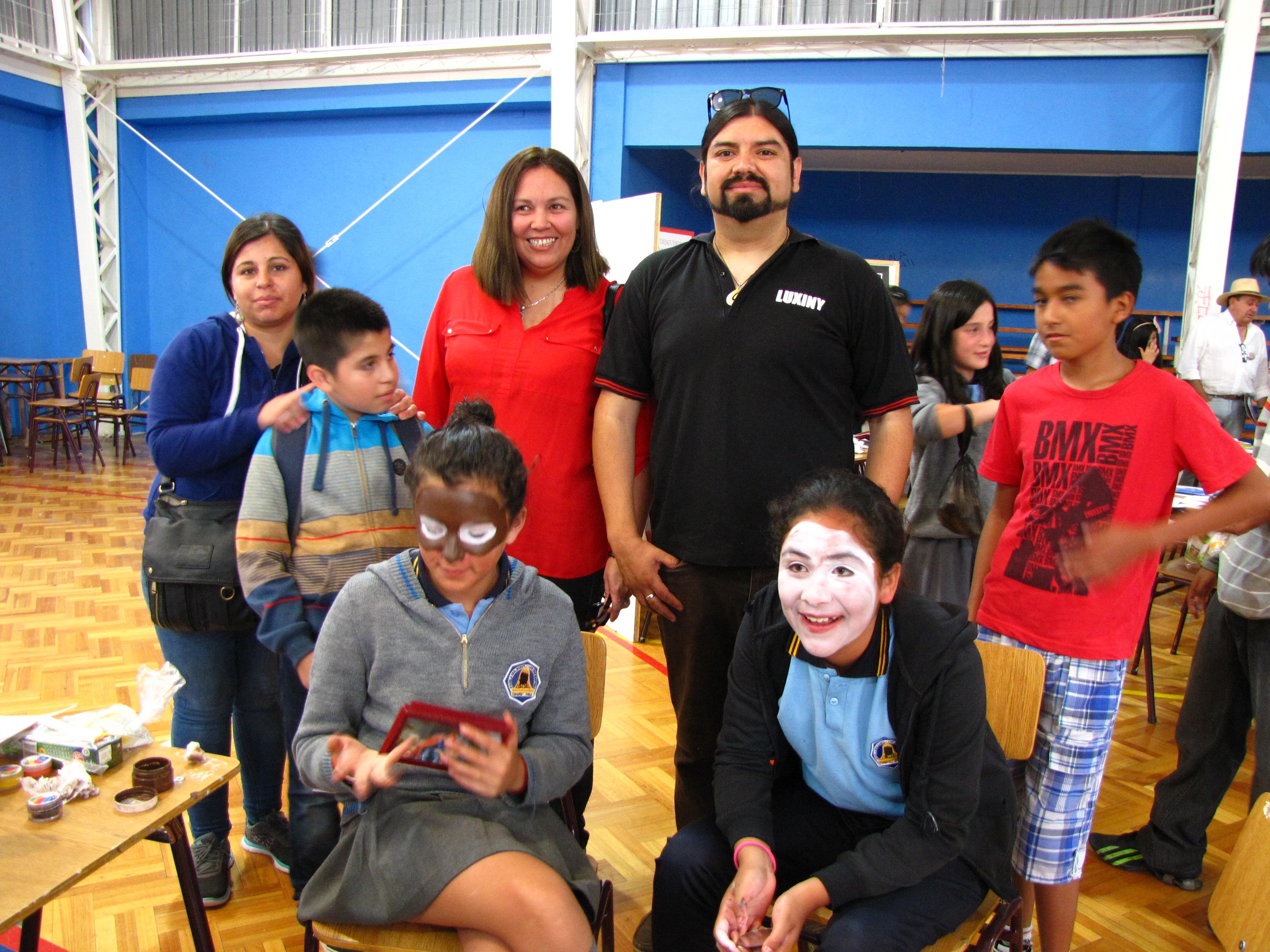 Programa Acciona realizó muestra artística en Liceo Pedro Troncoso Machuca