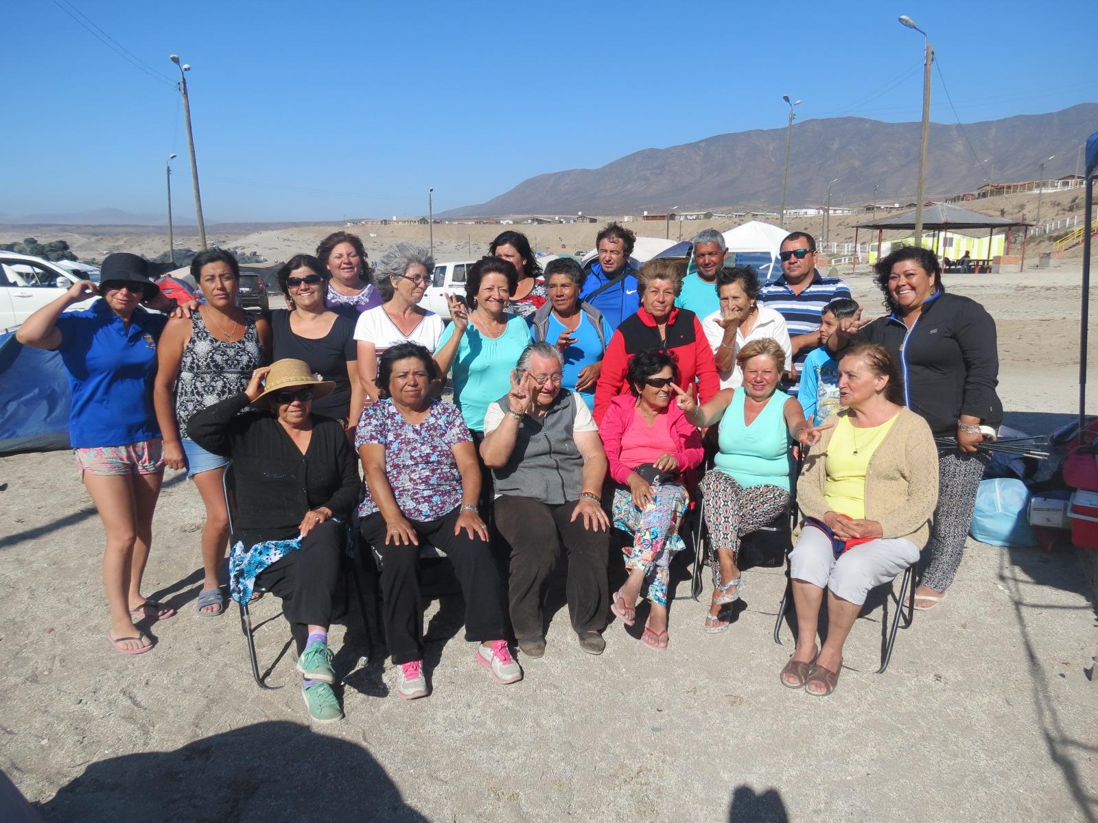 Dirigentes Vecinales de Vallenar disfrutan con paseo a la playa