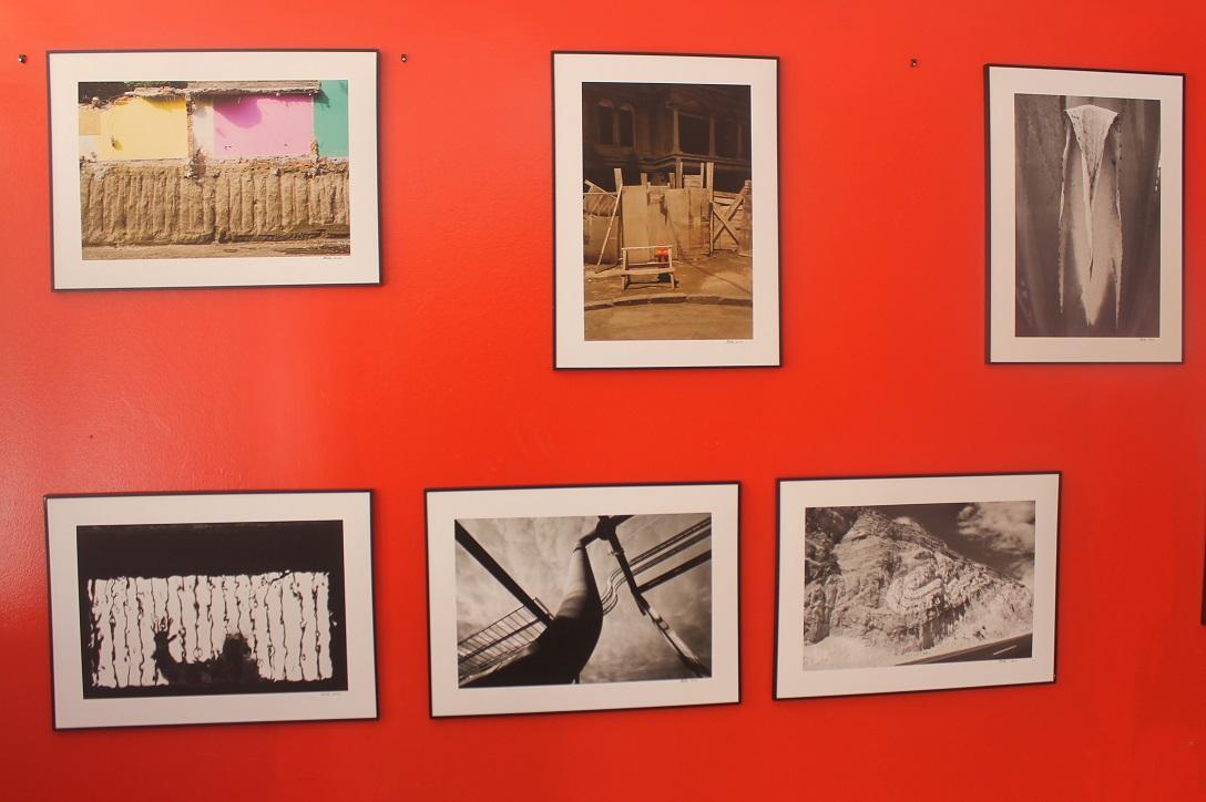"Muestra fotográfica ""Arquitexturas"" se exhibe en Casa de la Cultura de Freirina"