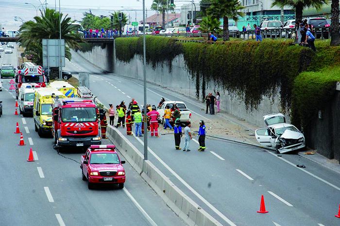 Familia de Vallenar sufre lesiones en accidente en Coquimbo