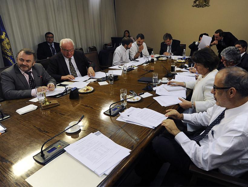 Comisión de Hacienda de la Cámara rechazó el Bono Atacama y ahora será votado en Sala
