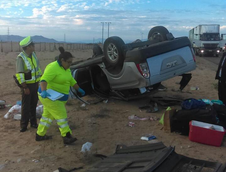 Cuatro lesionados en accidente carretero ocurrido en doble vía