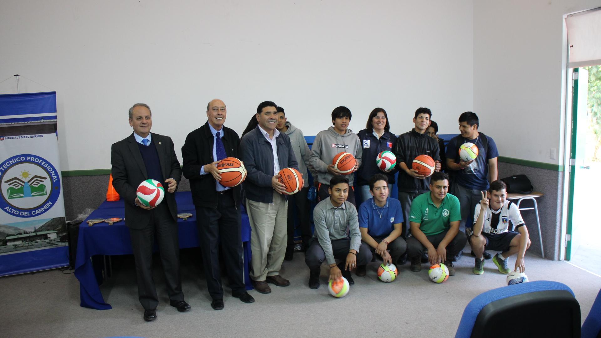 La educación, la cultura y el deporte se dan cita en Liceo Alto del Carmen