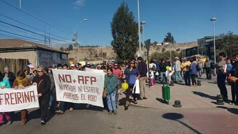 En Vallenar se marchó contra las AFPs