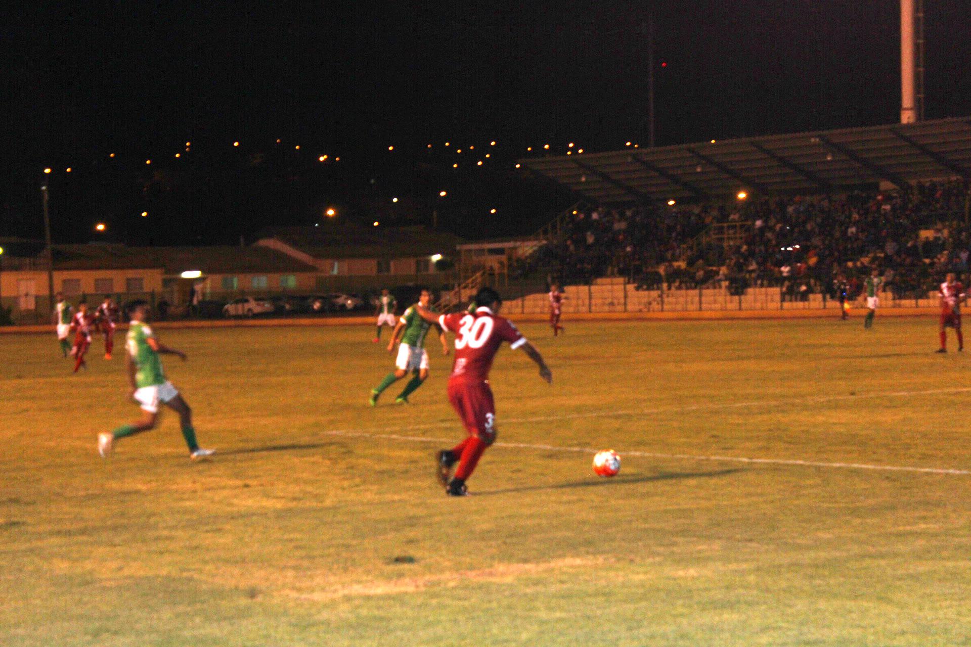 Hoy Deportes Vallenar continua preparación para afrontar el fútbol profesional