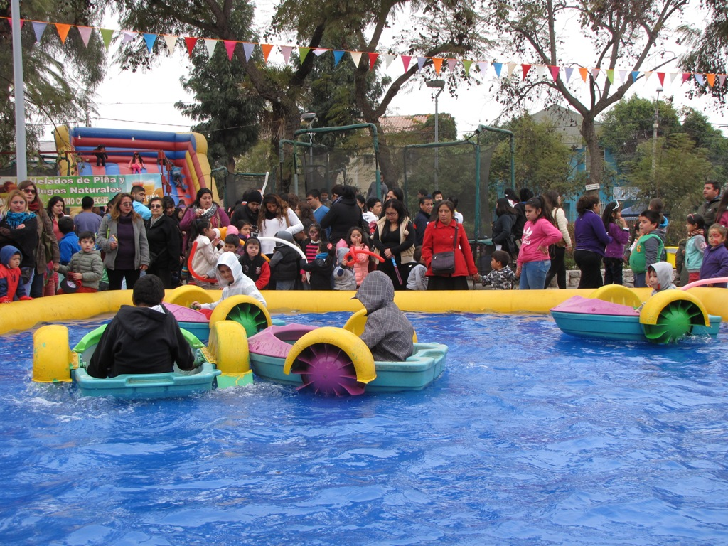 Magia, baile y regalos marcaron el Día de los niños y niñas en Vallenar