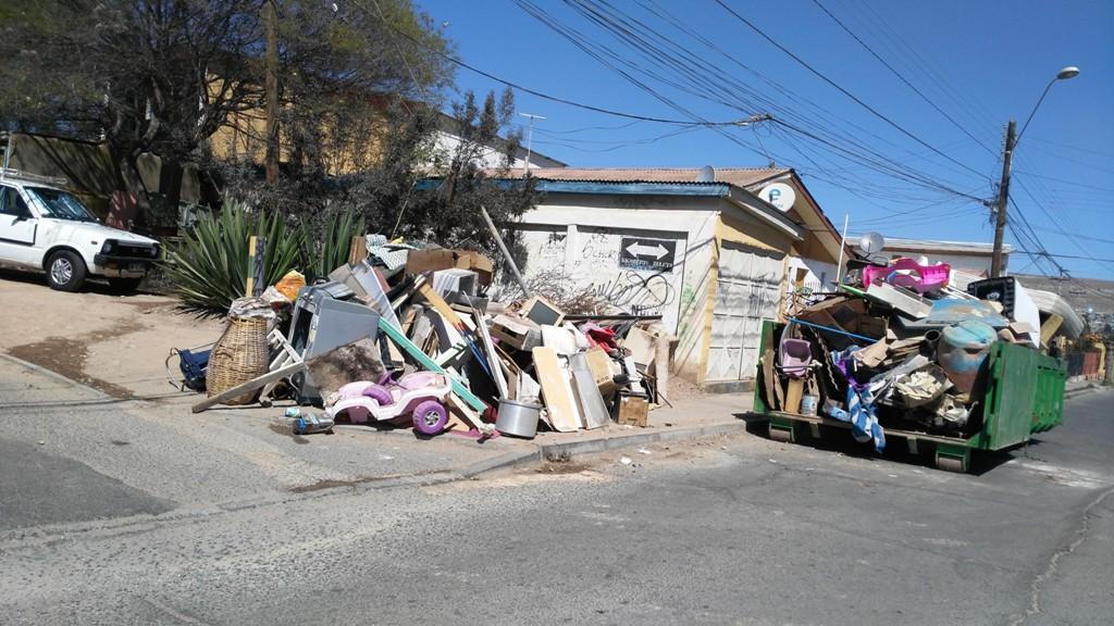 Municipio y vecinos continúan realizando operativos ecológicos en Vallenar