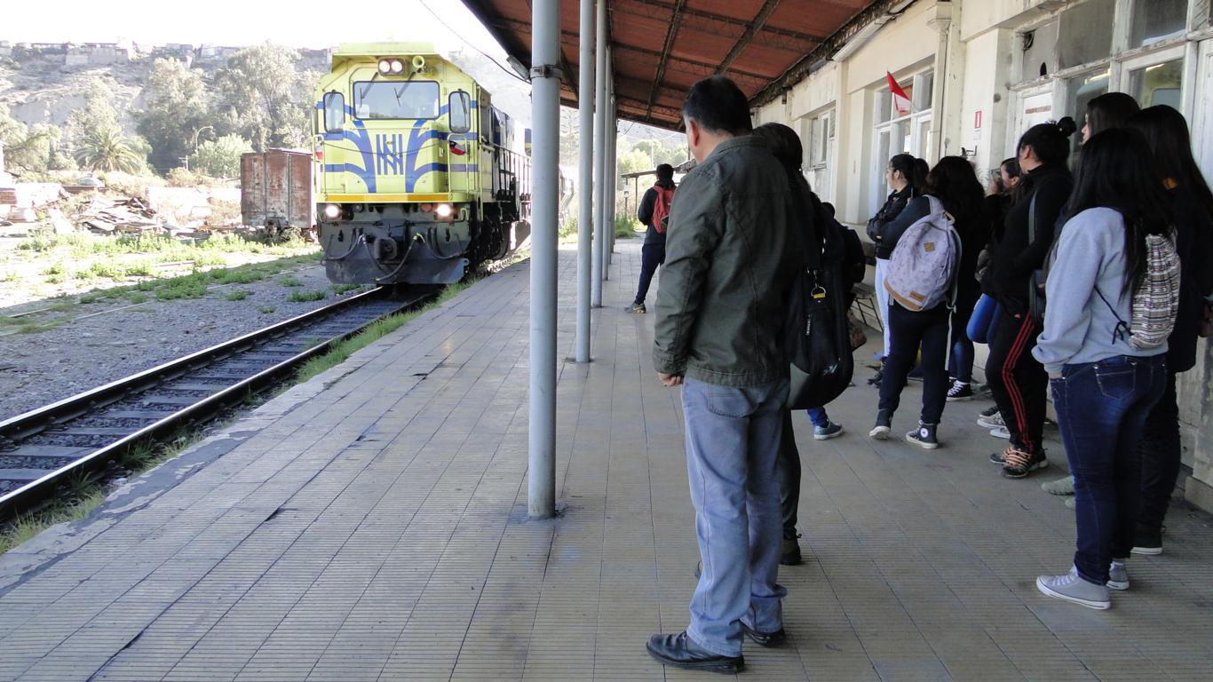 Liceos de Vallenar trabajan en recuperación de la antigua Estación de Ferrocarriles de Vallenar