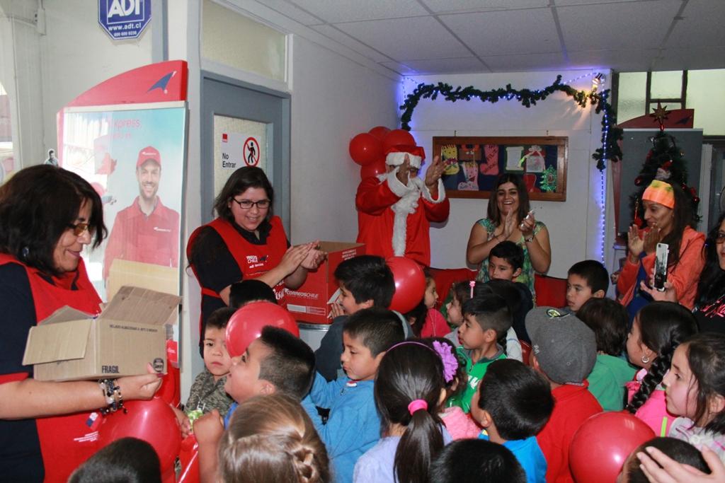 Correos de Chile lanza campaña navideña en Vallenar