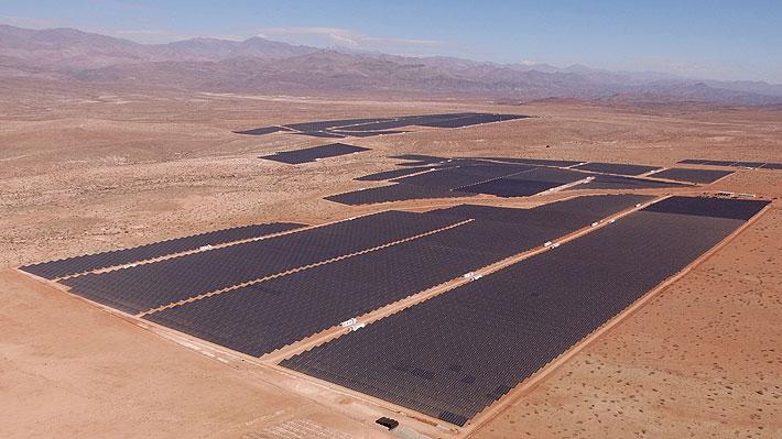 Ponen en marcha en Vallenar la planta solar fotovoltaica más grande de Latinoamérica