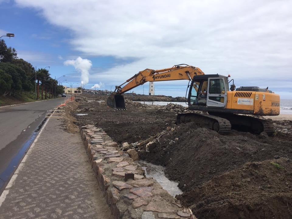 Comienzan trabajos de mejoras en acceso a playa Grande de Huasco