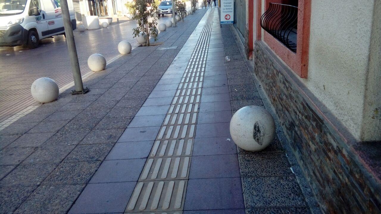 Preocupación por estado de proyecto de veredas en Vallenar antes de su recepción final (Fotos)