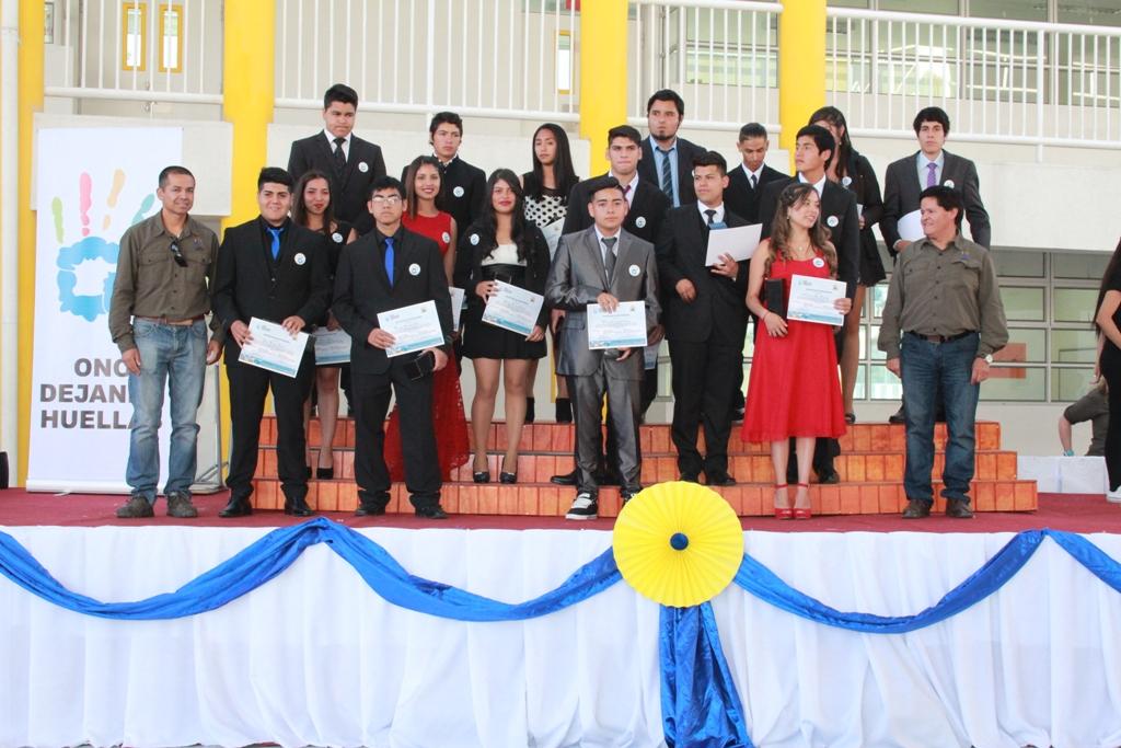 ONG Dejando Huellas certifica un nuevo grupo de alumnos del Programa Semilleros de Talentos para la Minería en Vallenar