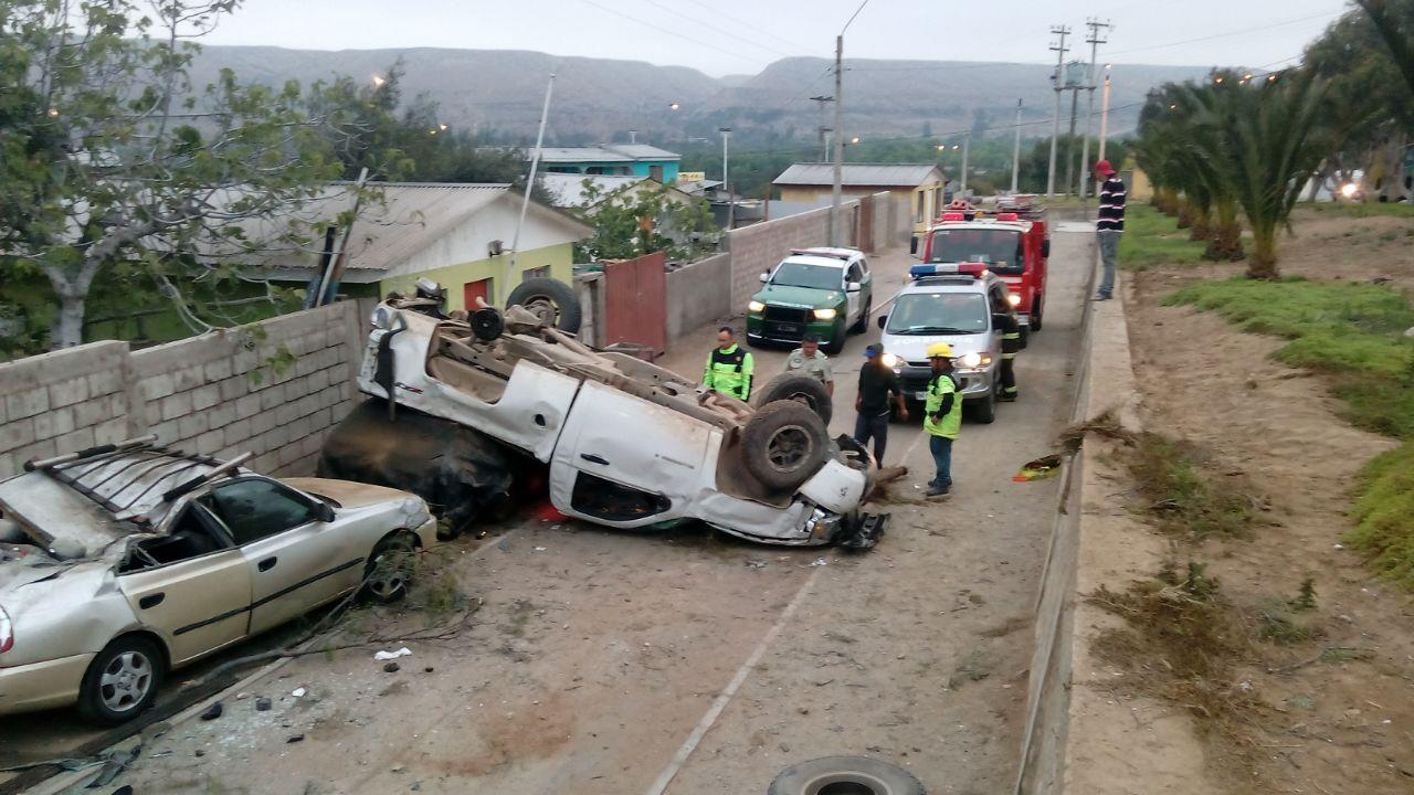 Dos lesionados deja accidente vehicular en Freirina