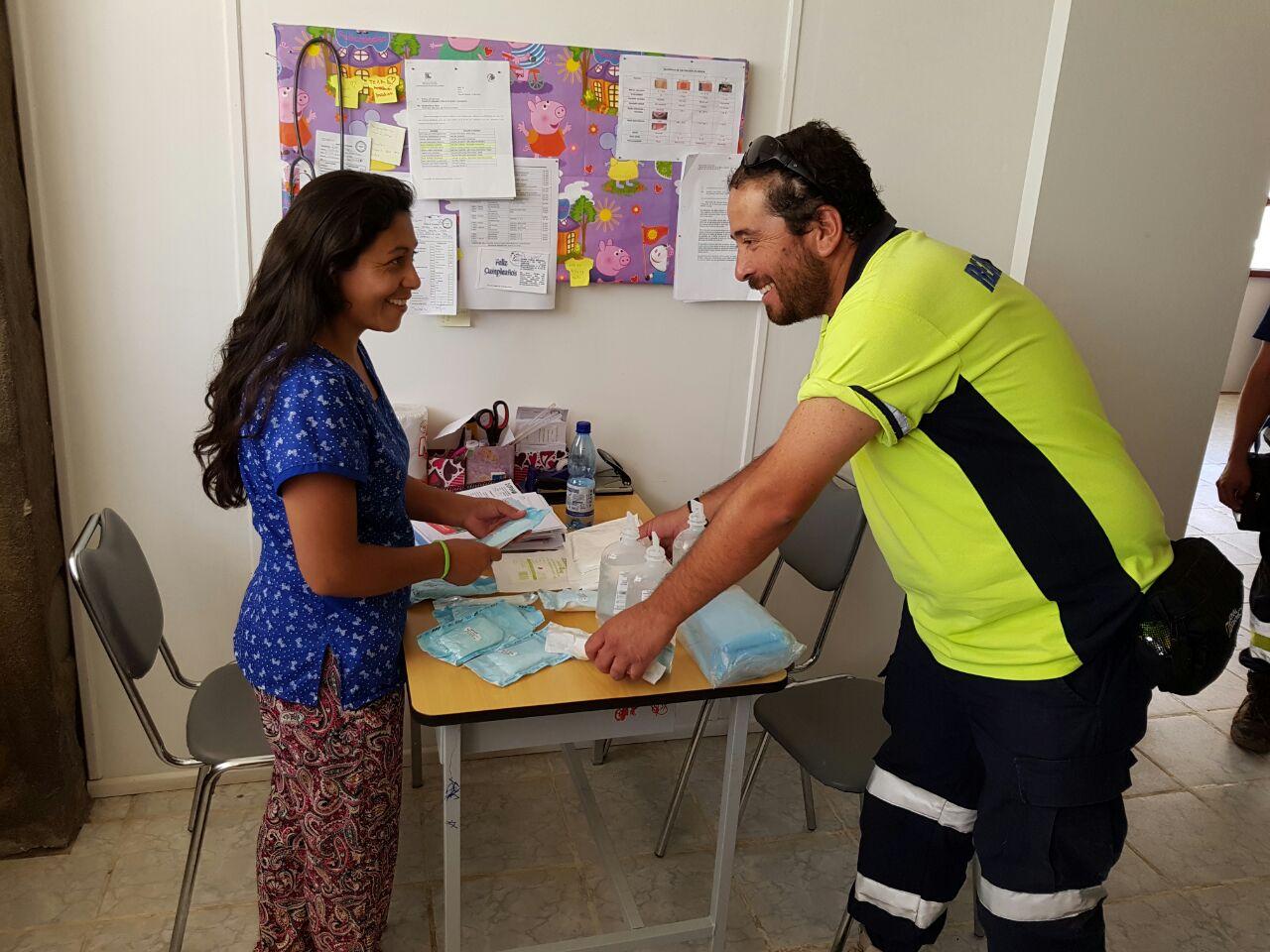 Hospital reconoce compromiso y vocación de funcionarios que apoyaron emergencia de Chollay