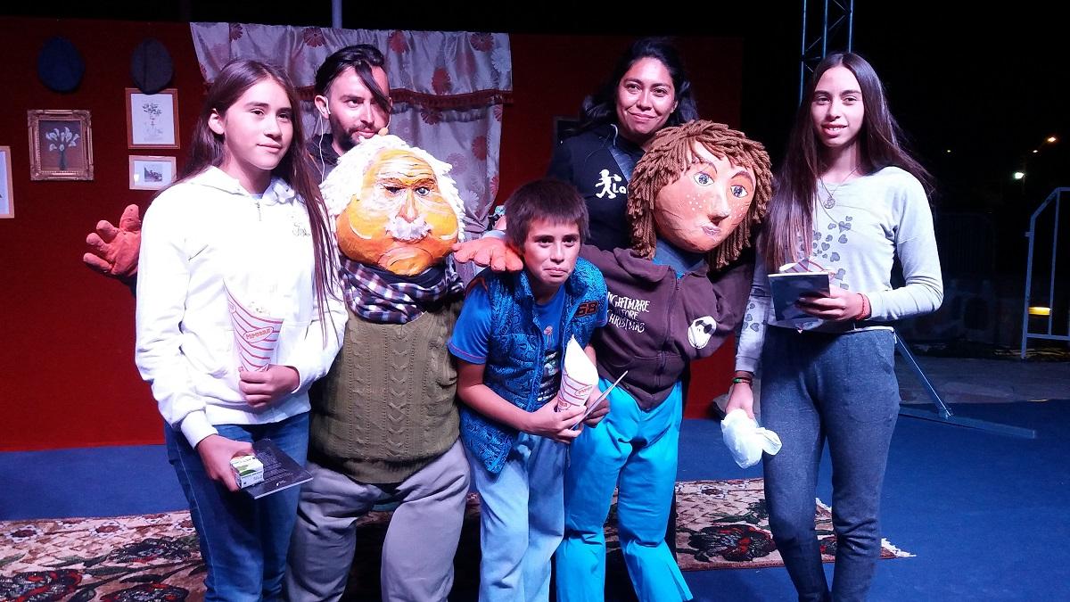 Teatro y música del Festival AES Cultura  conquistaron a huasquinos