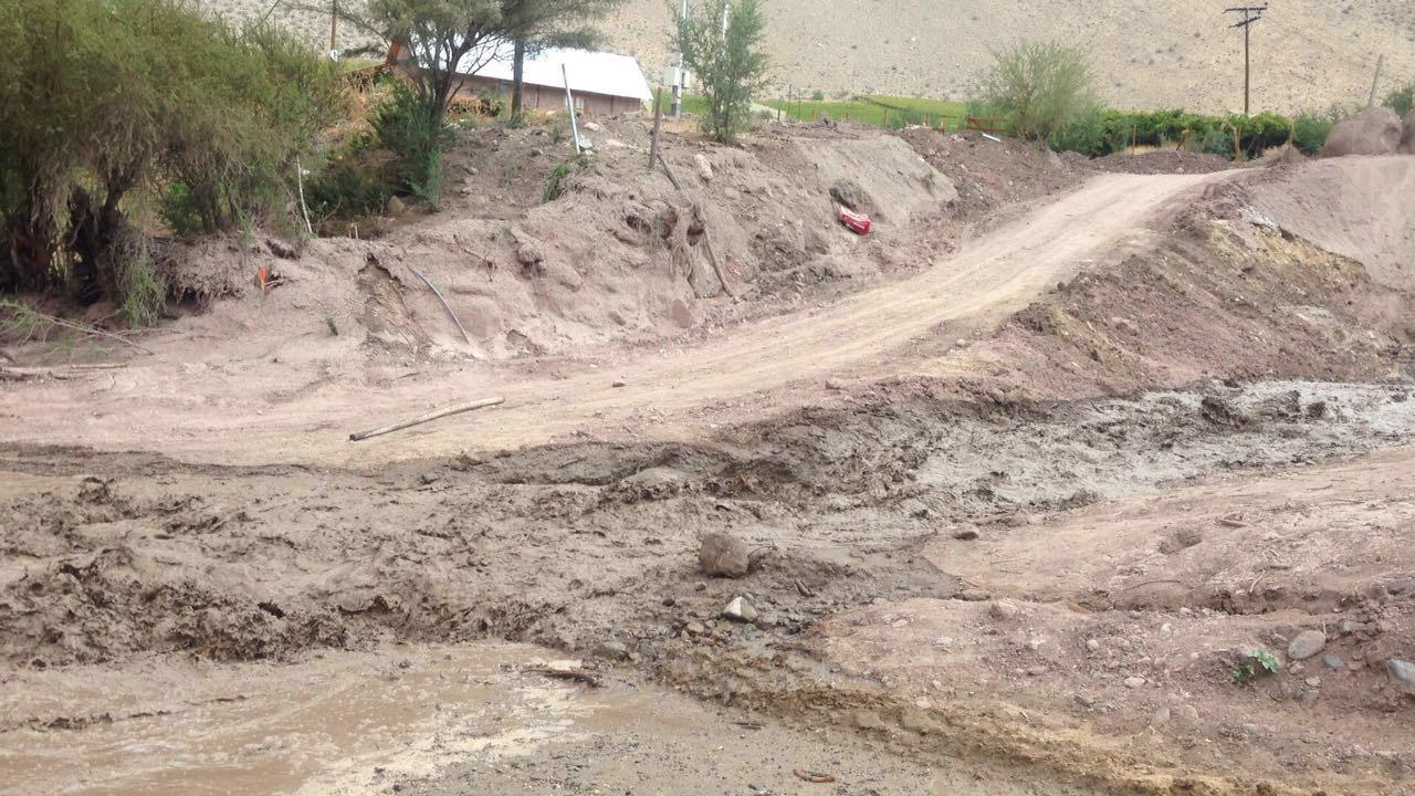 18 albergados deja activación de quebradas y corte de caminos en Chollay