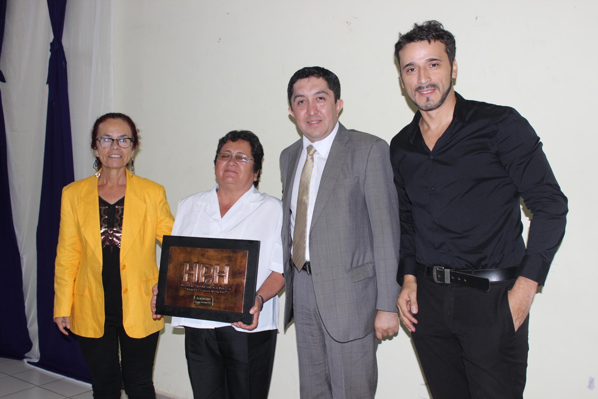 """Gobernadora del Huasco y Acreditación HPH: """"Esto significa dar garantías en términos de mejorar la calidad de atención a los pacientes"""""""