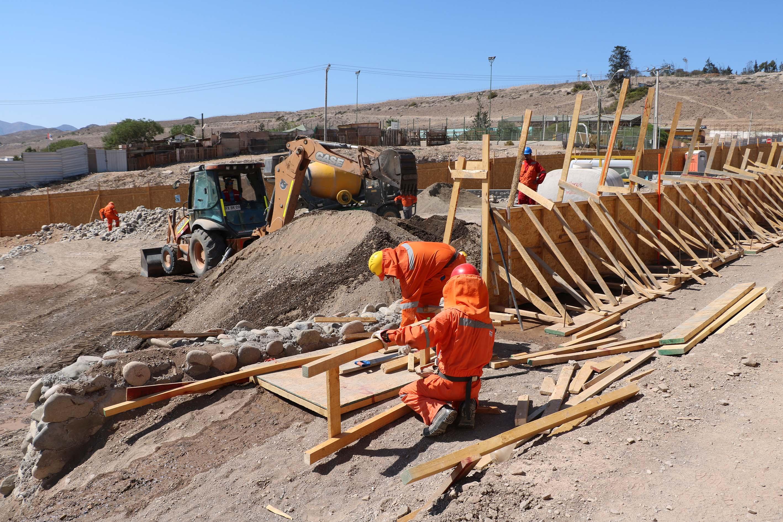 15% de avance presentan obras de la Cruz de mayo en Vallenar