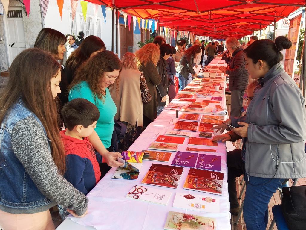 Escritores del Norte participaron en exitoso Boulevard del Libro en Vallenar