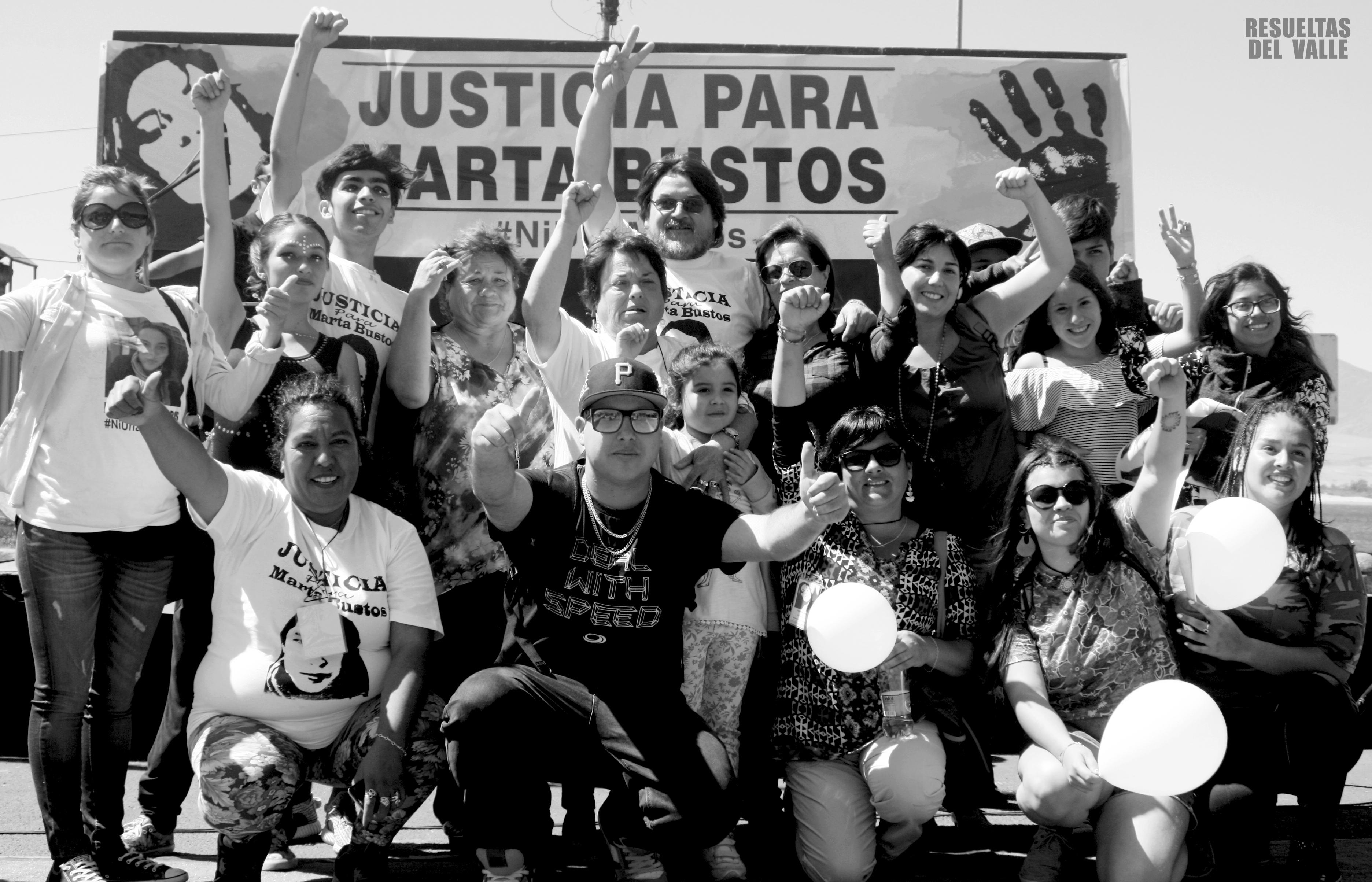 Amigos y familiares realizanactividad artística solicitando justicia por joven asesinada en Huasco