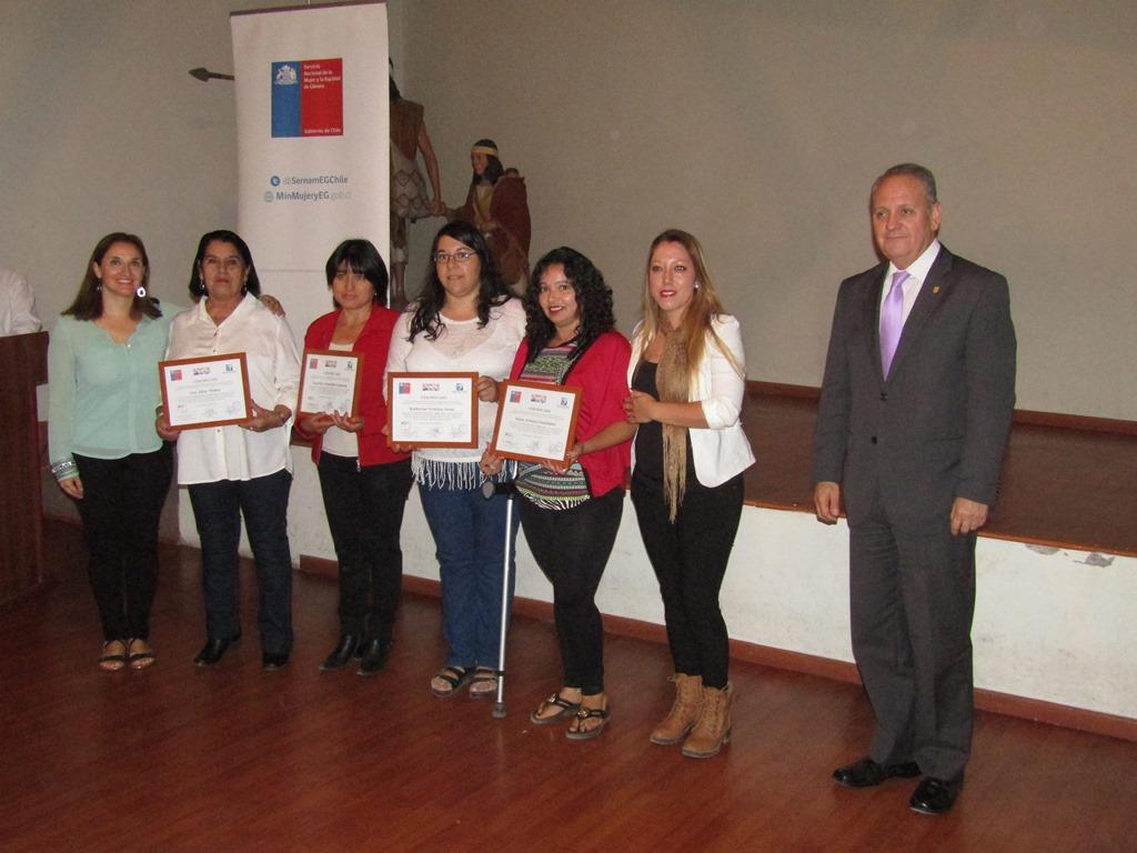 Mujeres de Alto del Carmen fueron parte de capacitación ejecutada por el SernamEG Atacama