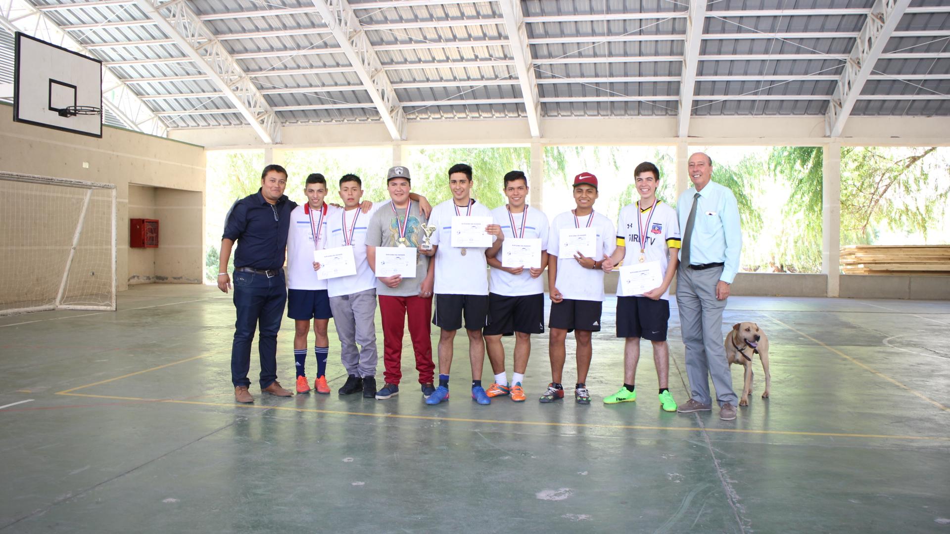 Turismo campeón de Baby fútbol en Alto del Carmen