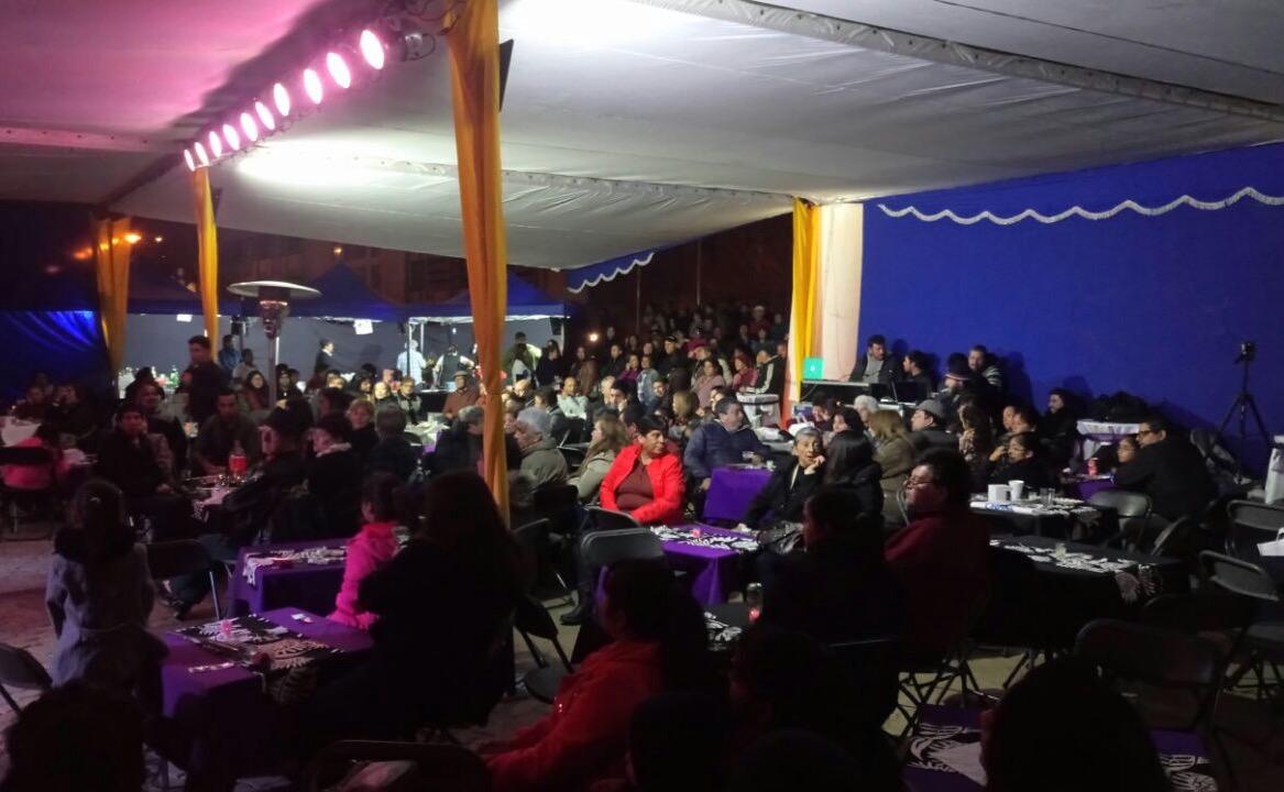 SERCOTEC y municipio junto a empresarios del Barrio Craig congregaron gran marco de público y celebraron día de la madre en Huasco