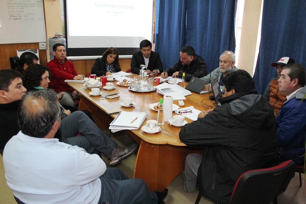 Municipio de Vallenar se compromete a mejorar techos de familias afectadas por lluvias