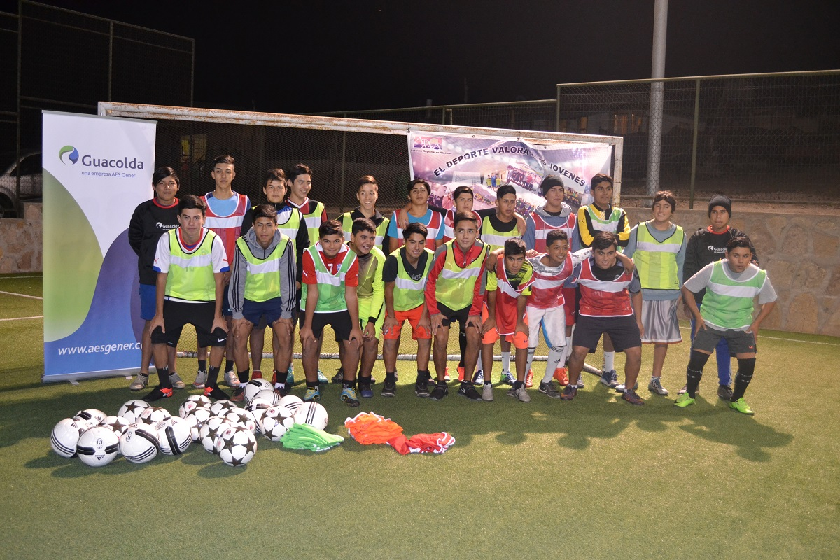 El fútbol se toma Huasco gracias al apoyo de Guacolda