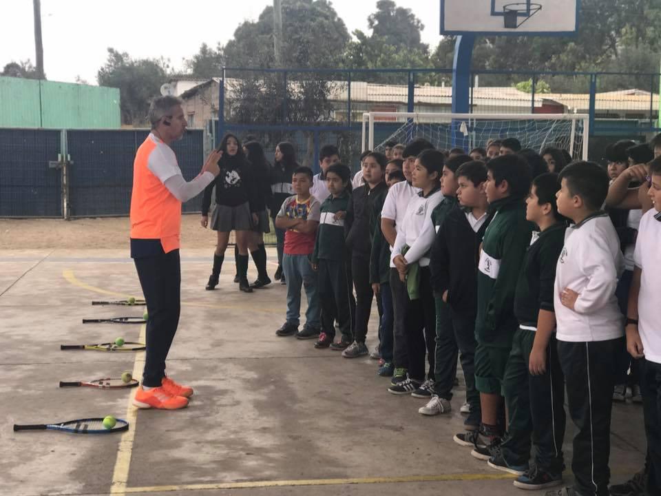 Guacolda lanza por segunda vez programa para masificar el tenis en comunidad escolar de Huasco