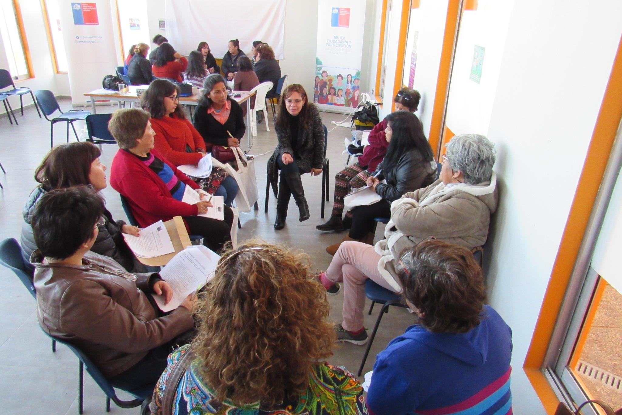En Huasco se desarrolló el primer encuentro de mujeres en Atacama para elaborar el Plan de Igualdad 2018 – 2030
