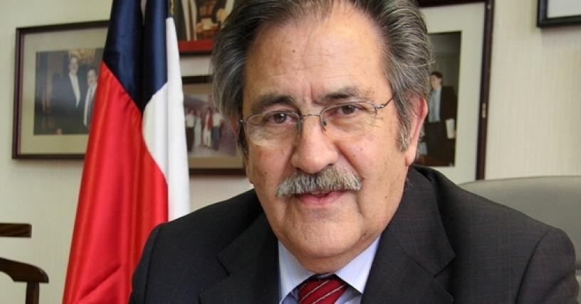 Núñez presiona por mantener cupo de Insulza en Atacama