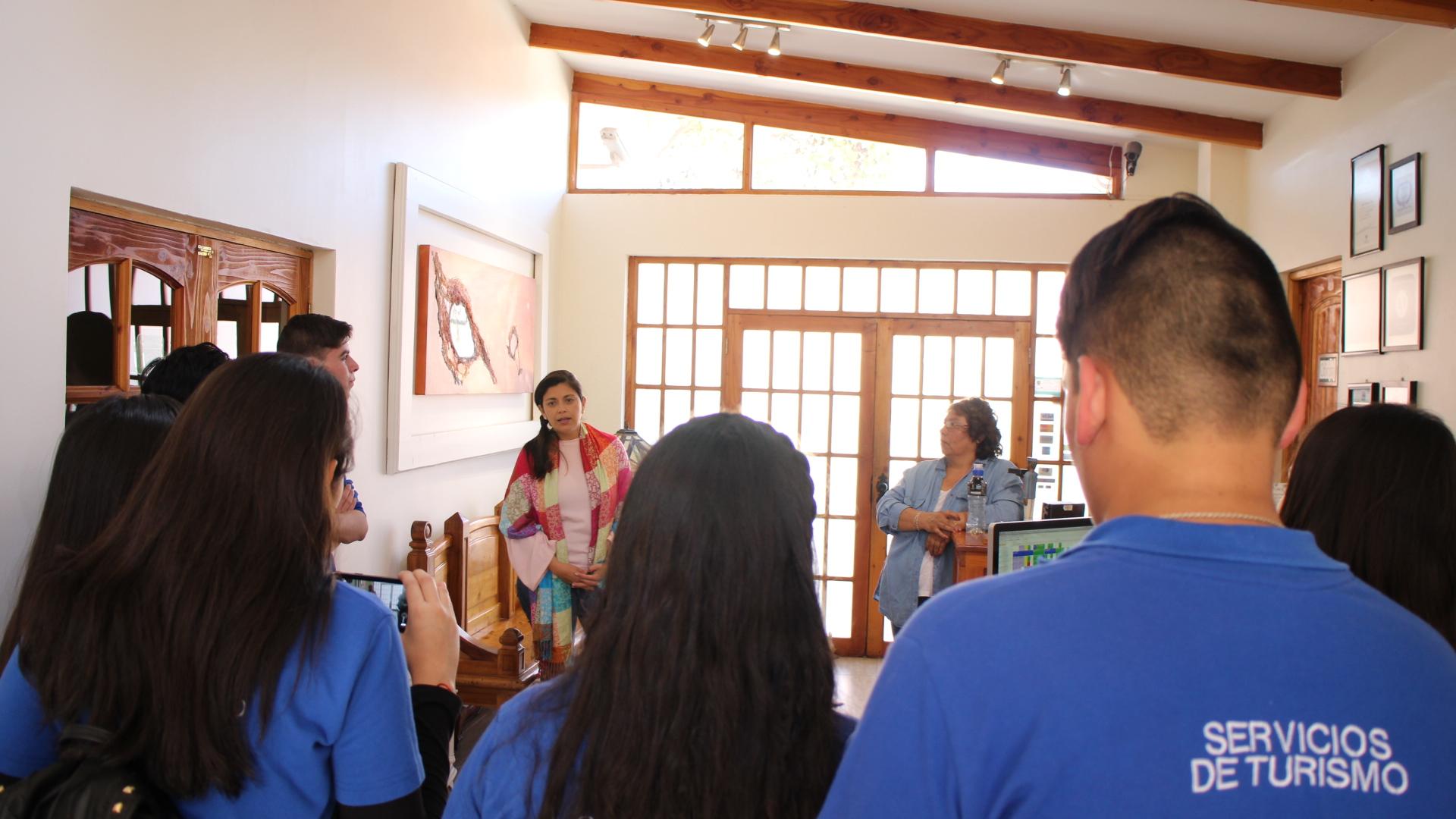 Hoteles de la zona reciben a estudiantes de turismo de Alto del Carmen