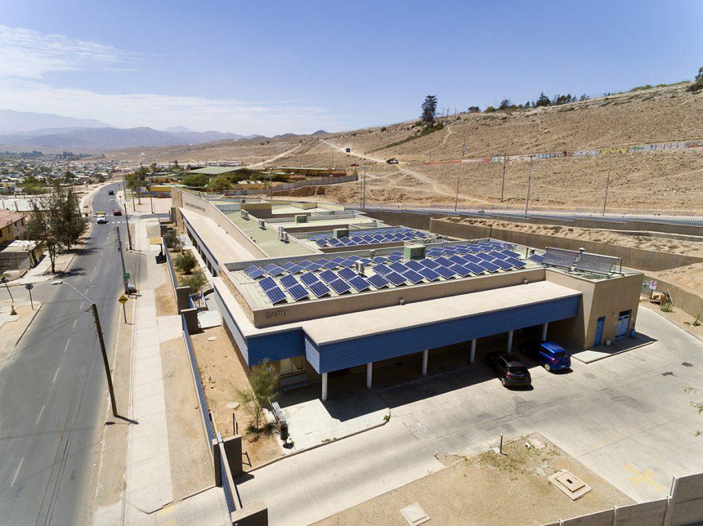 Cesfam Joan Crawford se sumó a la revolución energética incorporando paneles solares a su operación