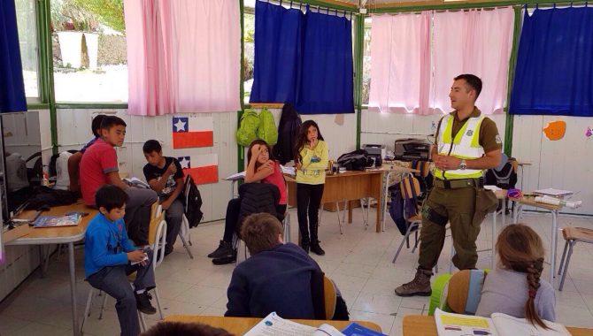 Retén fronterizo Conay realizó  actividad de integración con estudiantes de escuela rural