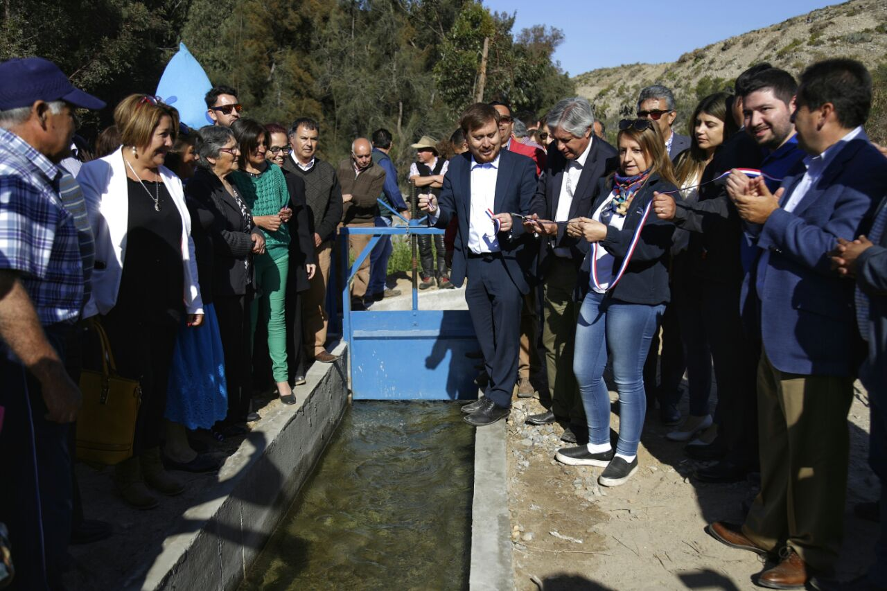 Inauguran embalse en sector de Las Tablas